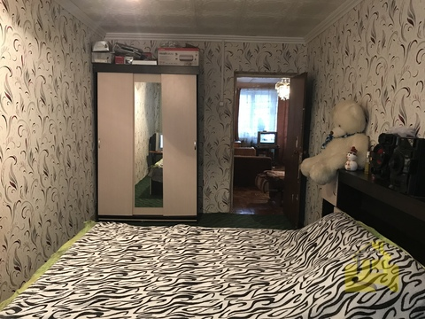 Белоозерский, 2-х комнатная квартира, ул. Молодежная д.19, 2400000 руб.