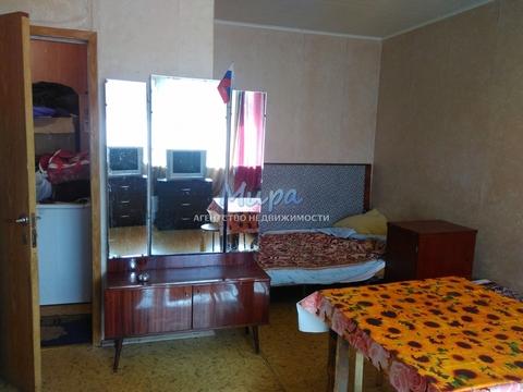 Олег. Сдам большую комнату в двухкомнатной квартире с перепланировкой