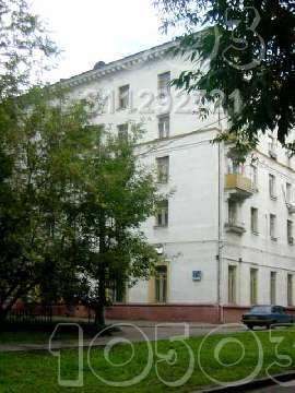 Три комнаты и 2-а коридора на 1-ом этаже здания (комната 119,2 кв.м,