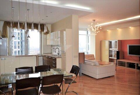 Видовая 5-комнатная квартира в самом респектабельном районе столицы