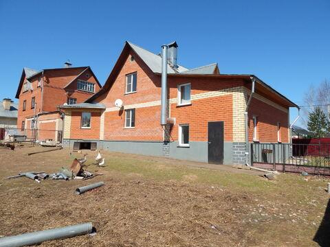 2 этажный кирпичный дом 250 кв.м.в п.Тучково