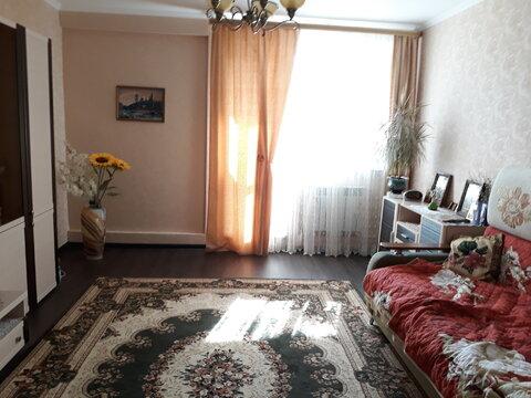В новом доме продается 2 ком.квартира 67 кв.метр. в отличном состоянии