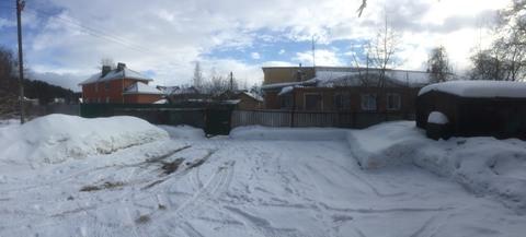Часть дома возле Глобуса