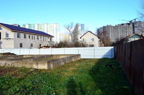 Продам участок 5 соток ЛПХ в д.Жилино, в 22 км от Москвы.