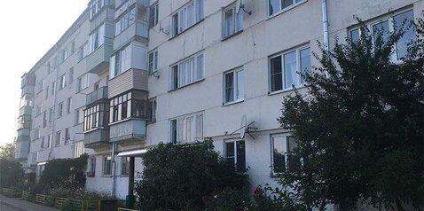 Продается 2-комнатная квартира в пос. Киевский