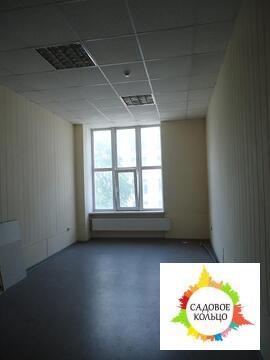Офис в административном здании на территории производственно-складског
