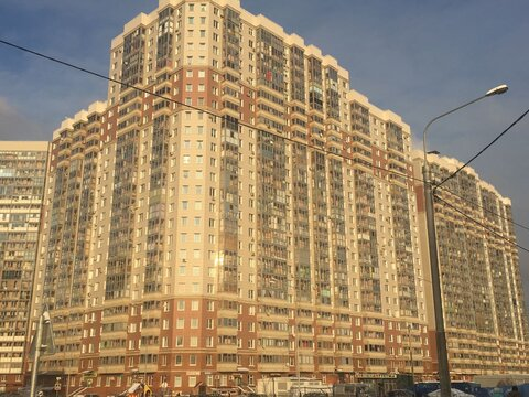 """2-комнатная квартира, 66 кв.м., в ЖК """"Изумрудные Холмы"""""""