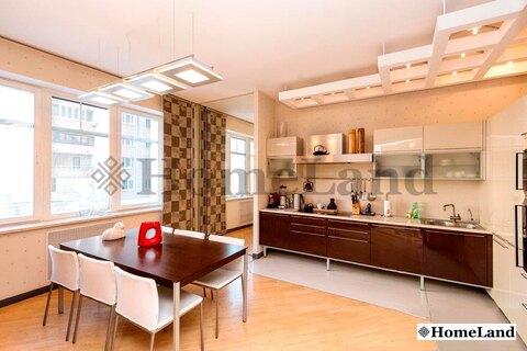 3-комнатная квартира, 1-ый Смоленский переулок, дом 17