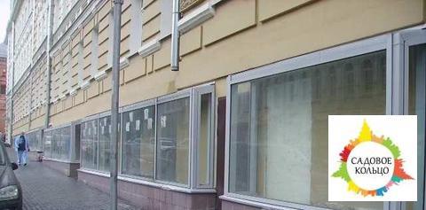 Торг. площ.: 160/250 м2, (кр. продуктов), после кап. ремонта, свобод.