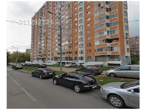 Предлагается помещение на 1 м этаже жилого дома. Помещение в рабочем