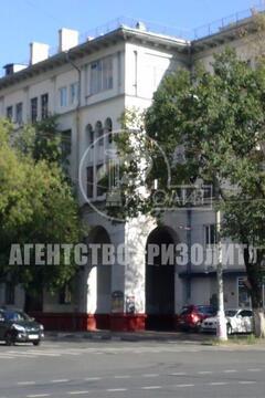 """Предлагаю купить квартиру в сталинском доме, потолки 3,20 м, """"распашон"""