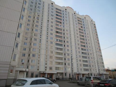 Сдам 2х к. квартиру в г Серпухов мкр. Ногина, ул. Спортивная д.8 к. 2