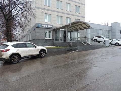 Помещение свободного назначения на 1-м этаже пятиэтажного офисного зда
