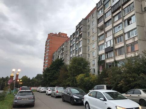 Дзержинский, 1-но комнатная квартира, ул. Поклонная д.3, 4000000 руб.