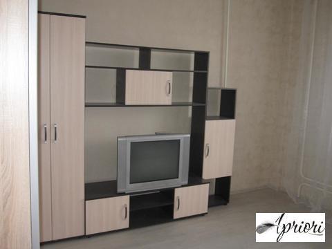 Сдается 1 комнатная квартира пос. Свердловский ул.Заречная д.11.