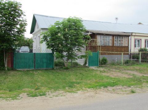 Продается полдома в с. б.Колодези Озерского района