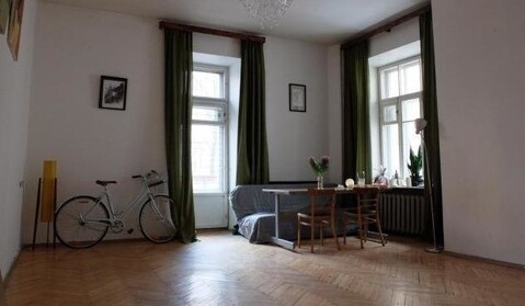 4 комнатная квартира 112 кв.м. в г.Москва, ул. Малая Бронная д.42/14