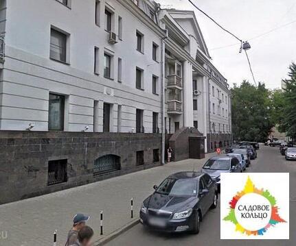 Продается офис 180 кв.м в цокольном этаже элитного жилого дома в само