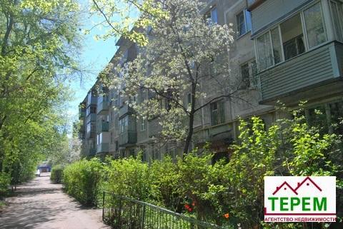 Продаётся 1 комнатная квартира в центре города Серпухова.