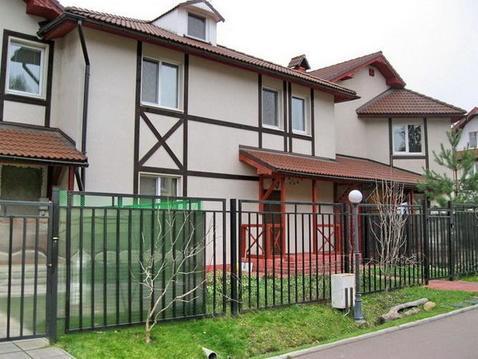 4-х комн. квартира в таунхаусе 230 кв.м в кп рядом с ЗЕЛАО г. Москвы