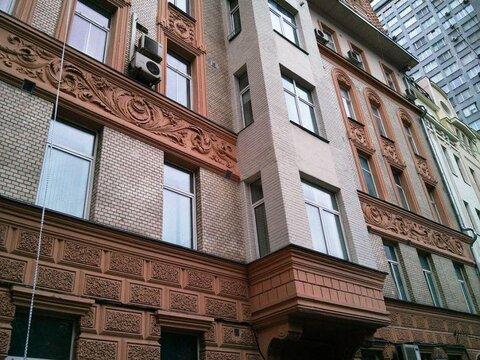 Продается прекрасная 4х-комнатная на Новом Арбате! окна спален во .