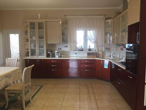 Продам коттедж 300 кв.м. п.Южные Горки-2