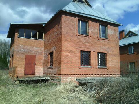 Продам 2 эт. кирпичный дом в д. Судимля Серпуховского района