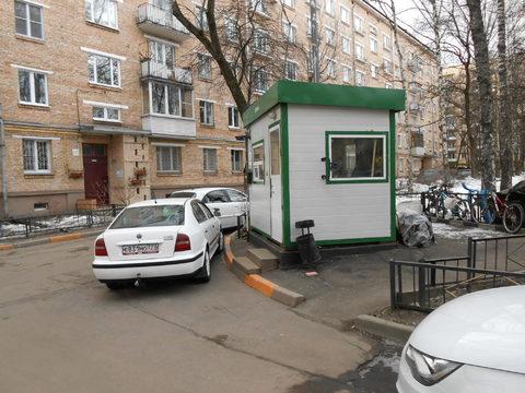 Продается 3 комнатная в спальном зеленом районе Измайлово.