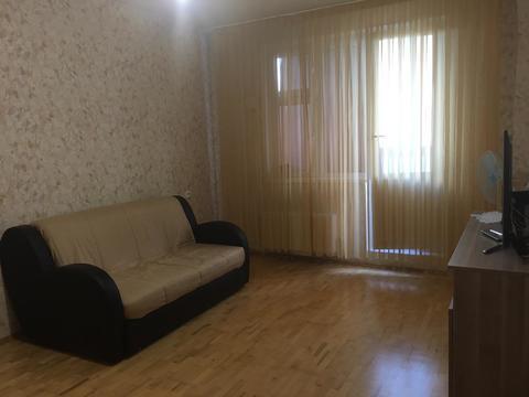 Продается 1-к квартира на Бунинской аллее