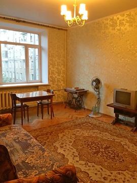 Сдаю просторную 2-к квартиру в сталинке в 1 минуте от метро