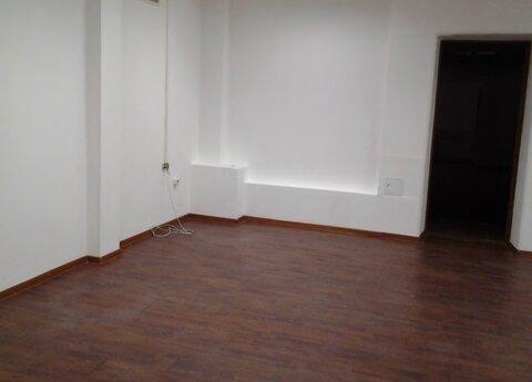 М.Полежаевская 10 м.тр , сдается офис 251 кв.м на 2 /4 здания