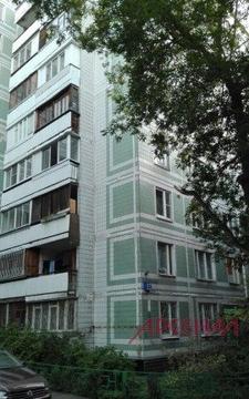 Продается 3 комнатная квартира м. Пражская
