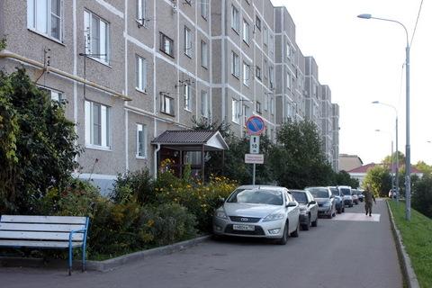 Квартира улучшенной планировки с кухней 8 м2 в 5 этажном доме