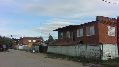 Сдается имущественный комплекс, участок 7800 кв.м, здания 4400 кв.м