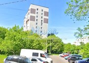 """Квартира В отличном районе. 5 минут пешком до метро """"Новогиреево"""". Св"""