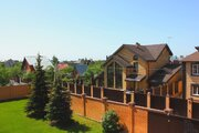 Трехэтажный коттедж с лифтом, бассейном и сауной в Развилке, 260000000 руб.