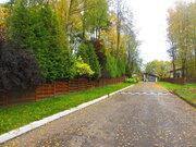 Коттедж на лесном участке по выгодной цене в поселке бизнес класса, 16700000 руб.