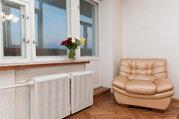 Продается трехкомнатная квартира на улице Чехова д.2