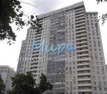 2-к квартира 50 м2 на 18 этаже 23-этажного монолитного дома. Свободна