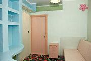 Продам 2-к квартиру, Троицк г, Академическая площадь 3