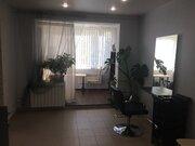 Сдам кресло парикмахерское в действующем салоне красоты, г. Лобня, 15000 руб.