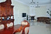 Великолепный дом в 10 км от МКАД в Респектабельном поселке., 30000000 руб.