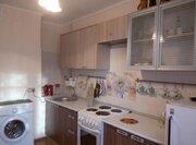 Продается однокомнатная квартира: большая кухня, двойная застекленная