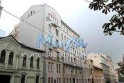 Срочно! продается отличная двухуровневая квартира на 6-7 этаже, окн