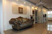 Квартира с эксклюзивным ремонтом в классическом стиле с обстановкой