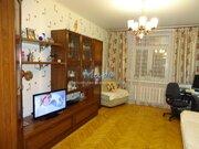 Продается просторная трехкомнатная квартира в сталинском доме. Один