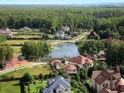 Деревянный 2-этажный особняк 370 м2 на берегу лесного озера, Калужское, 25000000 руб.
