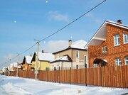 Кирпичный коттедж 240м2, центральные коммуникации, прописка Москва., 12000000 руб.