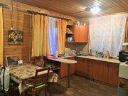 Дом с коммуникациями внутри на участке 6 сот., 2200000 руб.