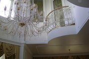 Продаётся четырёхуровневый дом с отдельно стоящими бассейном и гаражом ., 63000000 руб.